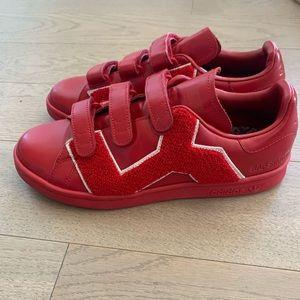 Adidas x Raf Simons Sam Smith badge red